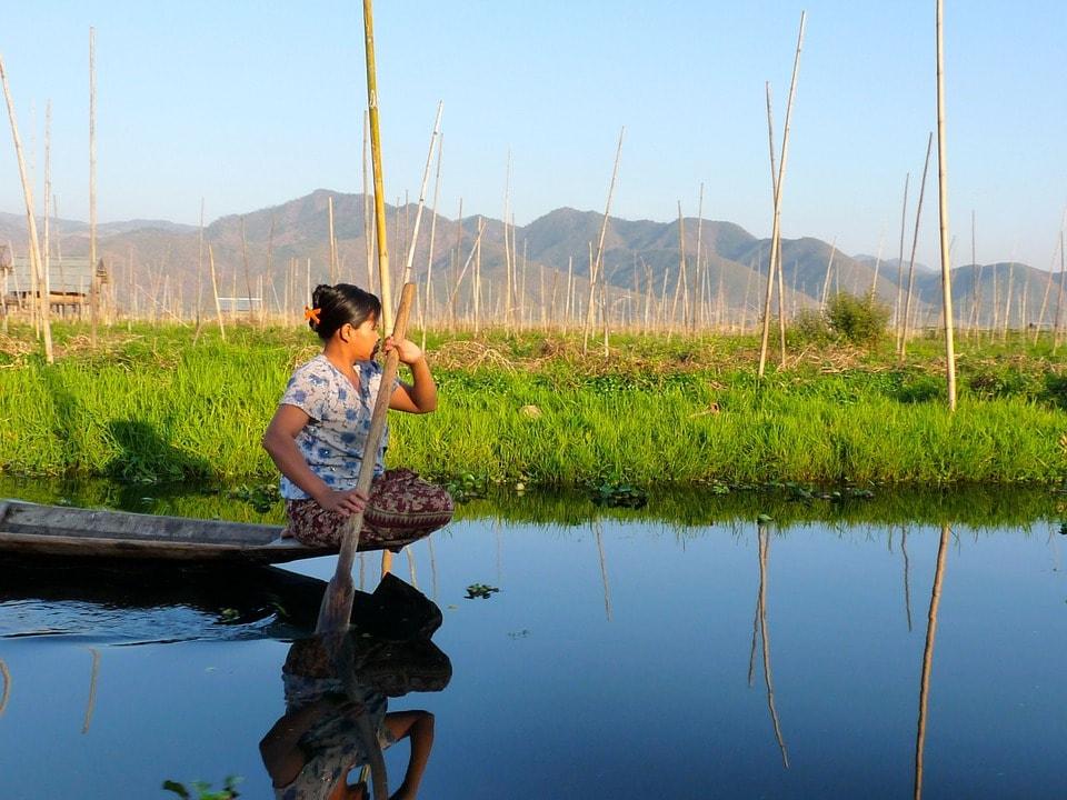 pecheur sur le Lac Inle en Birmanie